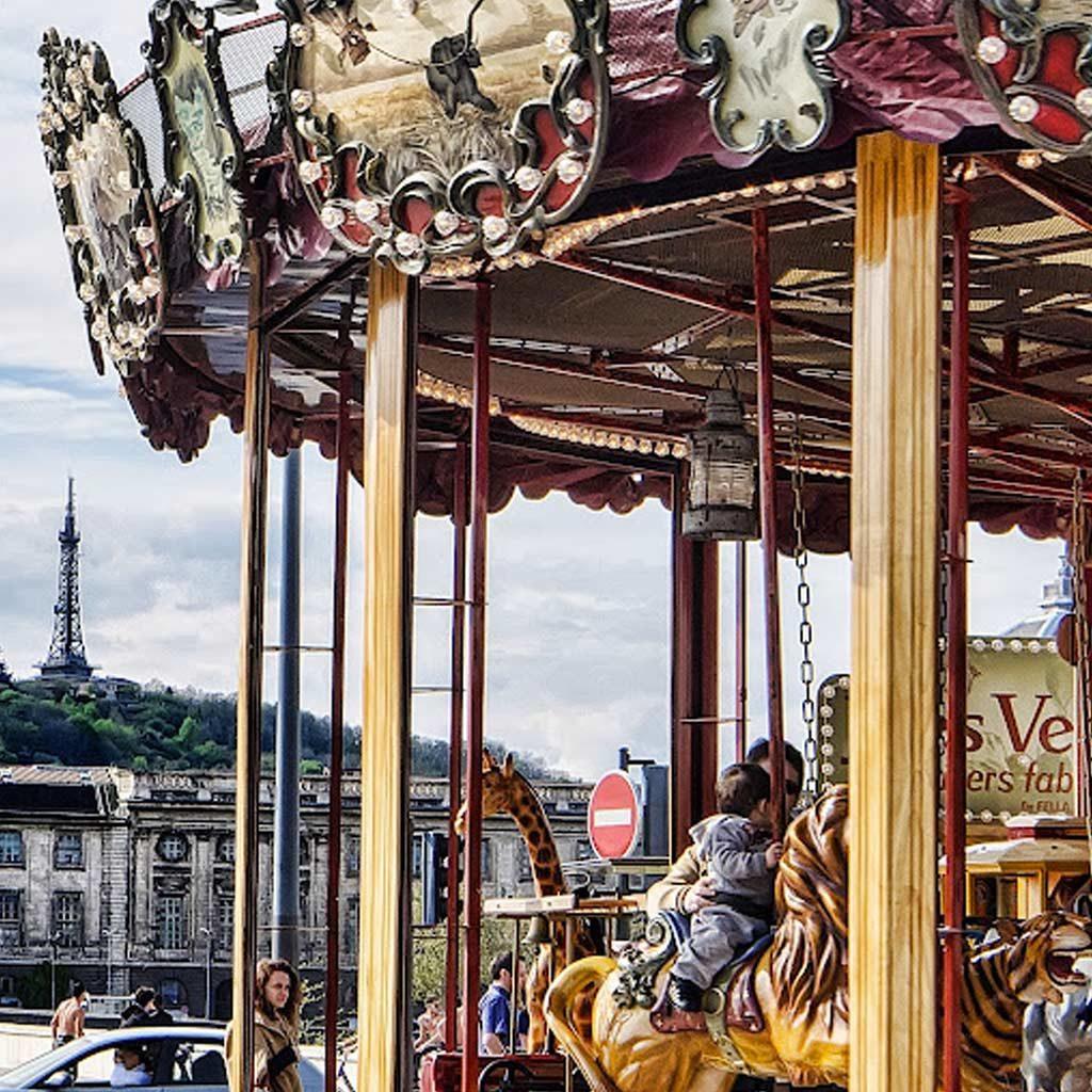 jules-verne-carousel