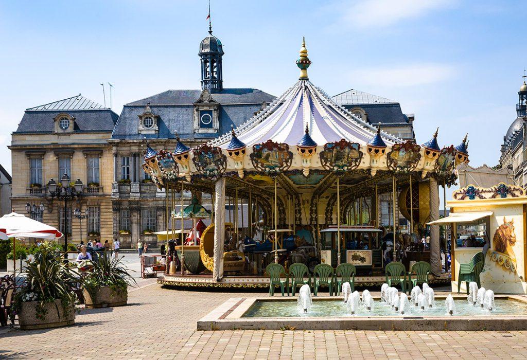10-meters-merry-go-round