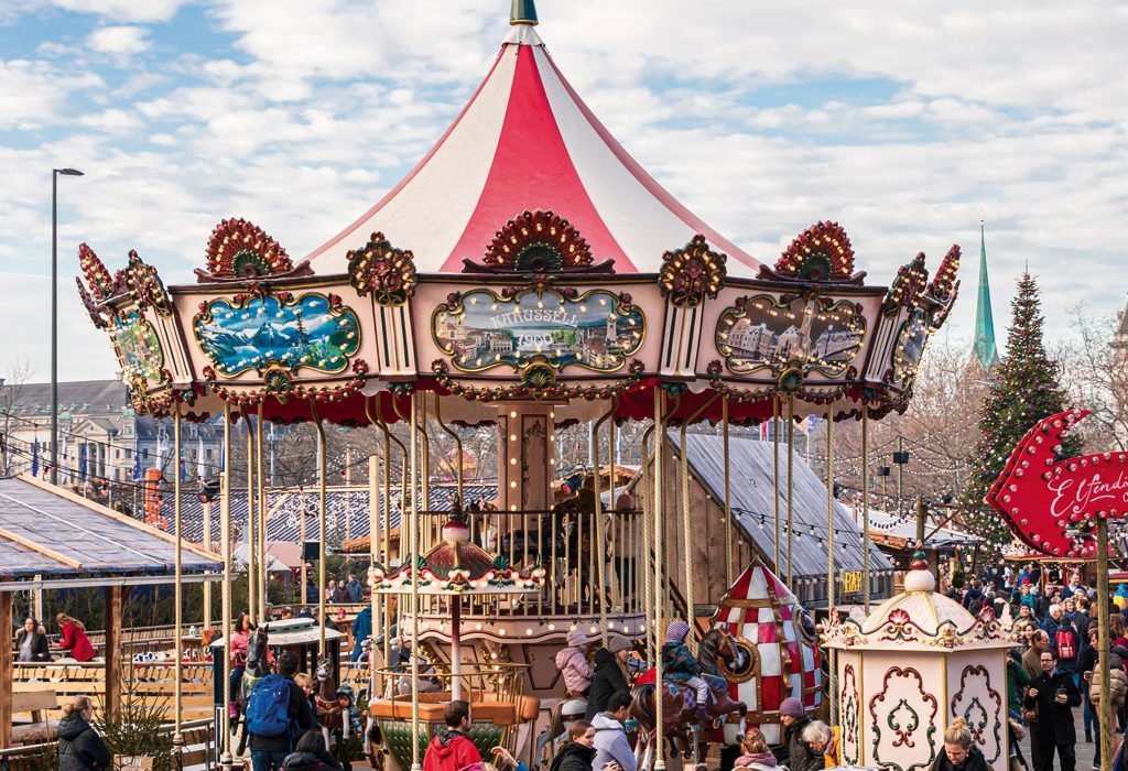 double-stories-7-meters-carousel